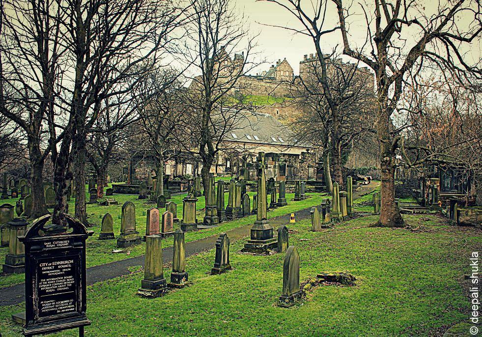 Edinburgh city graveyard